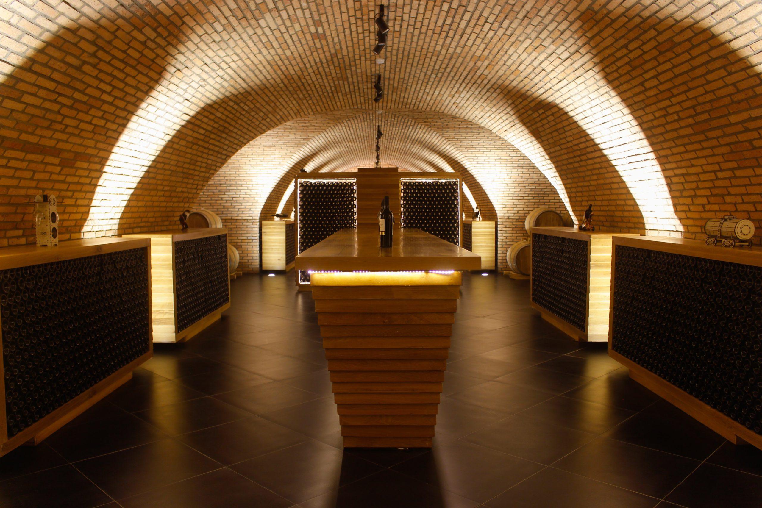 Hầm Vang Đà Lạt