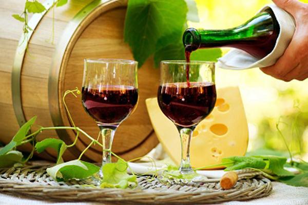 Lợi ích của rượu vang giúp ăn ngon, ngủ yên