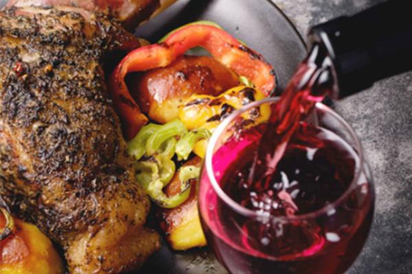 Rượu vang và sự kết hợp tài tình với ẩm thực