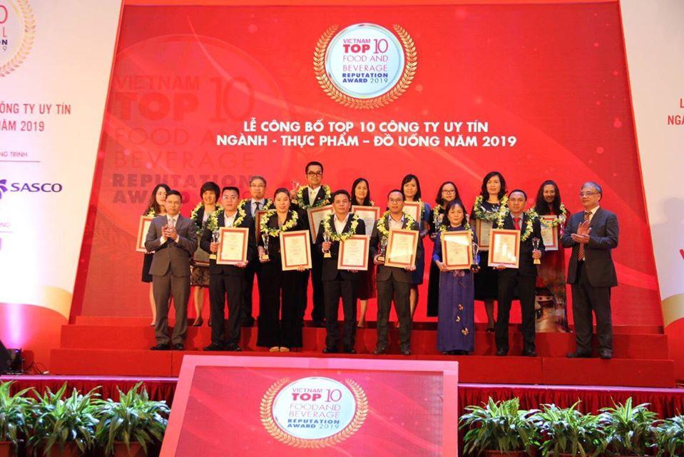 LỄ CÔNG BỐ TOP10 ĐỒ UỐNG UY TÍN – VIETNAM REPORT 2019